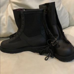 Danner Black lace up Gore-Tex Made in USA 11
